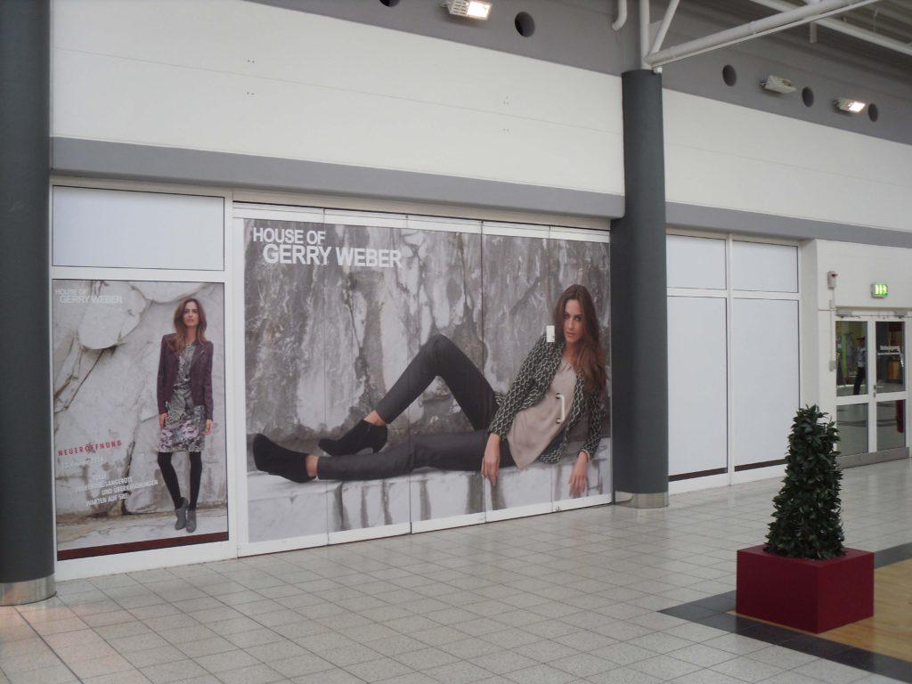 Halle-Center-Eingang-